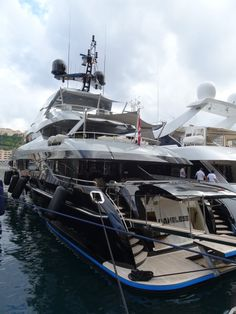 The private boats on Monaco are huge