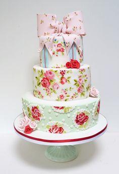 my shabby chic wedding cake!