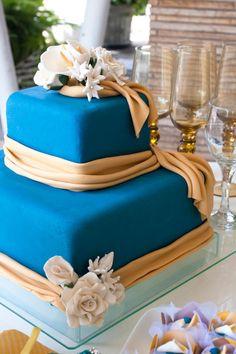 Bolo de casamento estilo floral com pasta americana / DIY, Food