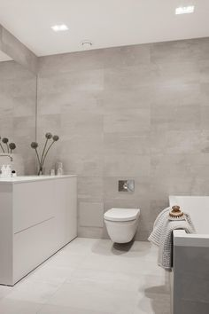 Bathroom Interior Inspiration Modern Ideas For 2019 Zen Bathroom, Minimal Bathroom, Beige Bathroom, Bathroom Goals, Bathroom Toilets, Bathroom Layout, Modern Bathroom Design, Bathroom Interior Design, Small Bathroom