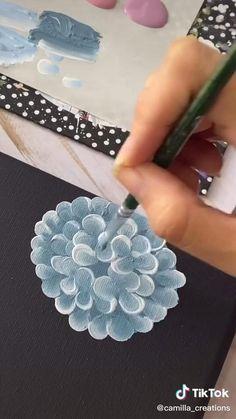 #art #artcreative #flowerpaintings Easy Canvas Art, Small Canvas Art, Easy Canvas Painting, Canvas Painting Tutorials, Painting Techniques, Diy Painting, One Stroke Painting, Hydrangea Painting, Acrylic Painting Flowers
