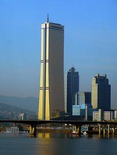 63 Building (Yuksam building)