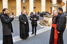 Sacerdots a Roma demanen al Cardenal Sistach fotografiar-se amb ell