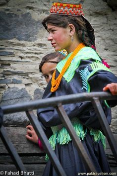 Ethnic Kalash Girls, Chitral, NWFP, Pakistan - They look very European!!!