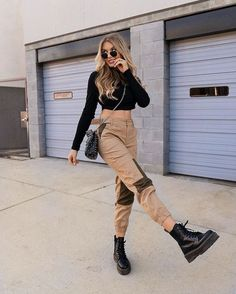 unique summer outfits you try right now 11 Edgy Outfits, Cute Casual Outfits, Winter Fashion Outfits, Unique Outfits, Look Fashion, Skirt Fashion, Spring Outfits, Moderne Outfits, Mode Grunge