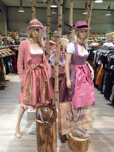 Our Army Life (according to the wife!): Dirndl Shopping in Germany