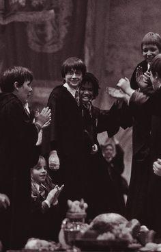 harry potter - Novelty & More: Clothing, Shoes & Jewelry Harry Potter Gif, Always Harry Potter, Harry Potter Pictures, Harry Potter Wallpaper, Harry Potter Universal, Harry Potter World, Hogwarts, Teen Wolf, Harry Potter Background