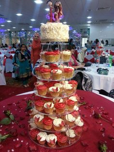 indian-wedding-cake-toppers.com