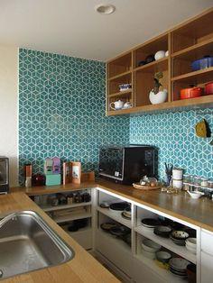 Little Diamond Mix in Tropics Blue, tile design by Dwell Studio and Heath Ceramics. Kitchen Tiles Design, Tile Design, Interior Design Kitchen, Kitchen Backsplash, Heath Ceramics Tile, Heath Tile, New Kitchen, Kitchen Decor, Kitchen Dining