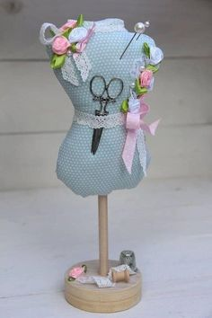 Sewing Room Decor, Sewing Rooms, Sewing Room Organization, Sewing Hacks, Sewing Crafts, Sewing Projects, Sewing Kits, Sewing Pillows, Sewing Accessories