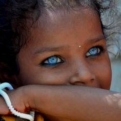 Beautiful eyes http://www.bareindulgence.net