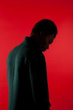 http://www.akatre.com/photographie/article/benjamin-clementine