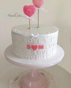 Cake by Sugablossom Cakes <3
