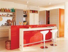 12 m²: O loft ocupado pelos pais é separado do espaço dos filhos nesta mor...