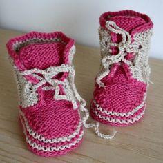 Knitting PATTERN pdf file Baby Twist Booties by loasidellamaglia