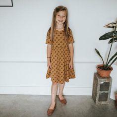 Scarlett Rose, Kids Branding, Beach Blanket, Top Sales, Youth, Short Sleeve Dresses, Rainbow, Crop Tops, Retro