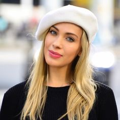 Wear a white beret for spring!