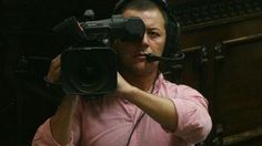 Matar: mientras su imagen se opaca, ahora lo dejaron sin microfóno http://www.agendalomza.com/index.php/component/k2/item/2215-desalojan-radio-de-matar
