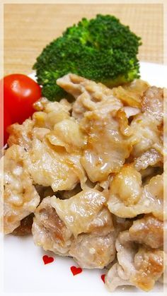 Stir-fried pork with mentsuyu, garlic and mayonnaise Pork Recipes, Asian Recipes, Cooking Recipes, Healthy Recipes, Mayonnaise, Japanese Dishes, Cafe Food, Asian Cooking, Daily Meals