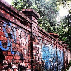 Berliner Mauer #blastfromthepast #preinstaera Photoshooting Berlin © elafini