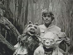 Rare Behind the Scenes Photos of 'The Muppets' Visiting Dagobah, 1979