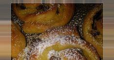 Λατρεμένα αφράτα ρολάκια με κρέμα και σταφίδες. Υλικά για 24 περίπου ρολάκια: Ζύμη: 500 γραμ. αλεύρι 2 αυγά 1 φακ ξηρή μαγιά... French Toast, Food And Drink, Cookies, Breakfast, Cake, Crack Crackers, Morning Coffee, Biscuits, Kuchen