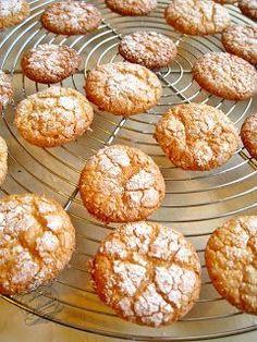 Les macarons, c'est génial, mais ce n'est pas toujours facile à faire... Alors voici une recette de macarons  à l'ancienne  vraiment tr...