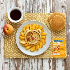 Leo peach is the king of a strange fruit salad forest! Enjoy pancakes and tale. #pancake #fruit #peach #yeast #breakfast #children #ilovesanmartino