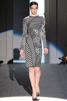 Salvatore Ferragamo Fall 2011 Ready-to-Wear Fashion Show