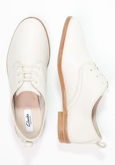 Clarks ALANIA POSEY - Lace-ups - white for £45.49 (17/04/17) with free delivery at Zalando