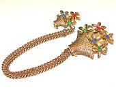 Vintage Pin Sweater Guard Flower Basket Rhinestones Pin Cardigan Clip/Pins Multi-color