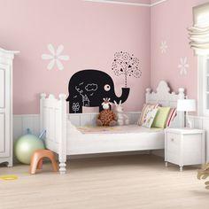 Vinilo decorativo de pizarra, para decorar una habitación infantil y que pueda dejar sus mensajes y creaciones en la pared.