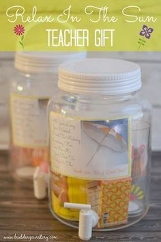 #DIY End of Year Teacher Gift: Relax In The Sun, easy teach gift idea, Summer Teacher gift, End of the year teacher gifts
