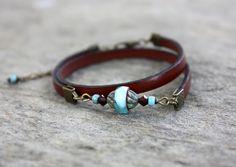 Bracelet en cuir double tour et perle bleu turquoise : Bracelet par les-3-oranges