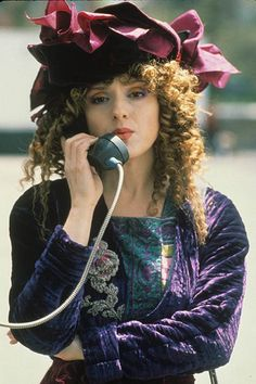 Bernadette Peters in Slaves of New York (1989)