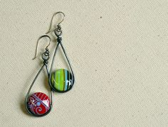 Just Because from Rustic Wrappings by Kerry Bogert, beads by Claudia Pagel
