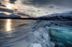 Splendidi colori sul Torneträsk ghiacciato  - Wonderful colors on the iced Torneträsk lake (Anthony Sardella, Abisko)