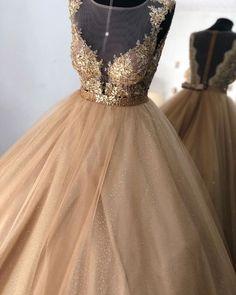 Vestido debutante dourado baile e baladinha Maria Valentina, Prom Dresses, Formal Dresses, Wedding Dresses, Sweetheart Wedding Dress, Luxury Dress, Ball Gowns, Party Dress, Chic