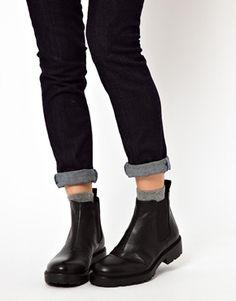 Vagabond Kenova Flat Chelsea Boots #chelseaboot