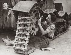Women working in 80s England - wheels/gears/etc