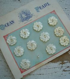 vintage buttons....always