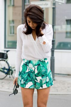 Patterned shorts are all the rage for summer! We wear ours with simple, retro-inspired accessories.
