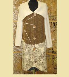 Kabát+Vintage+Kabát+je+ušitý+z+bavlněných+a+vyšívaných+úpletů.+Na+předním+díle+je+délka+ke+kolenům+a+postupně+se+prodlužuje+k+zadnímu+dílu.+Velikost+je+44-46.Kabát+je+ušitý+ve+stylu+vintage. Sequin Skirt, Sequins, Two Piece Skirt Set, Skirts, Vintage, Dresses, Fashion, Vestidos, Moda