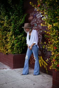 oj and cigs jana rose carrero simply lively boho chic street style wynwood arts district walk fashion blog blogger what to wear miami urban outfitters UOonYou fedora cool hats house of harlow flare bell bottoms denim how to wear styling tips
