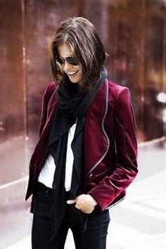 emily's blazer. j'adore.