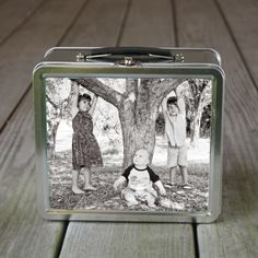 {personalized lunch box with chalkboard inside}