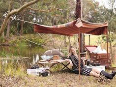 Amazing photo shoot that captures the Glamping trend in a unique way. The many objects add this whimsical bohemian touch that reminds me of a gipsy adventure.