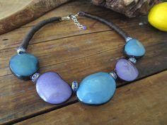 Türkis Tagua Nüsse Perlen, Glasperlen violett Tagua Nüsse, blau Strass, Leinen Cord Boho Kette, Leinen Halskette, Tagua Halskette