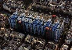 Centre Georges Pompidou, Paris I Renzo Piano, Ile Saint Louis, St Louis, Georges Pompidou Centre, Beautiful Architecture, Architecture Design, Monuments, Richard Rogers, Pompidou Paris