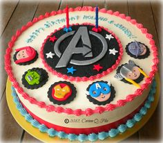 avengers cake--logo for Cole's birthday Avengers Birthday Cakes, 7th Birthday Cakes, Superhero Birthday Cake, 20th Birthday, Superhero Party, Birthday Ideas, Cupcakes, Cupcake Cakes, Bolo Thor